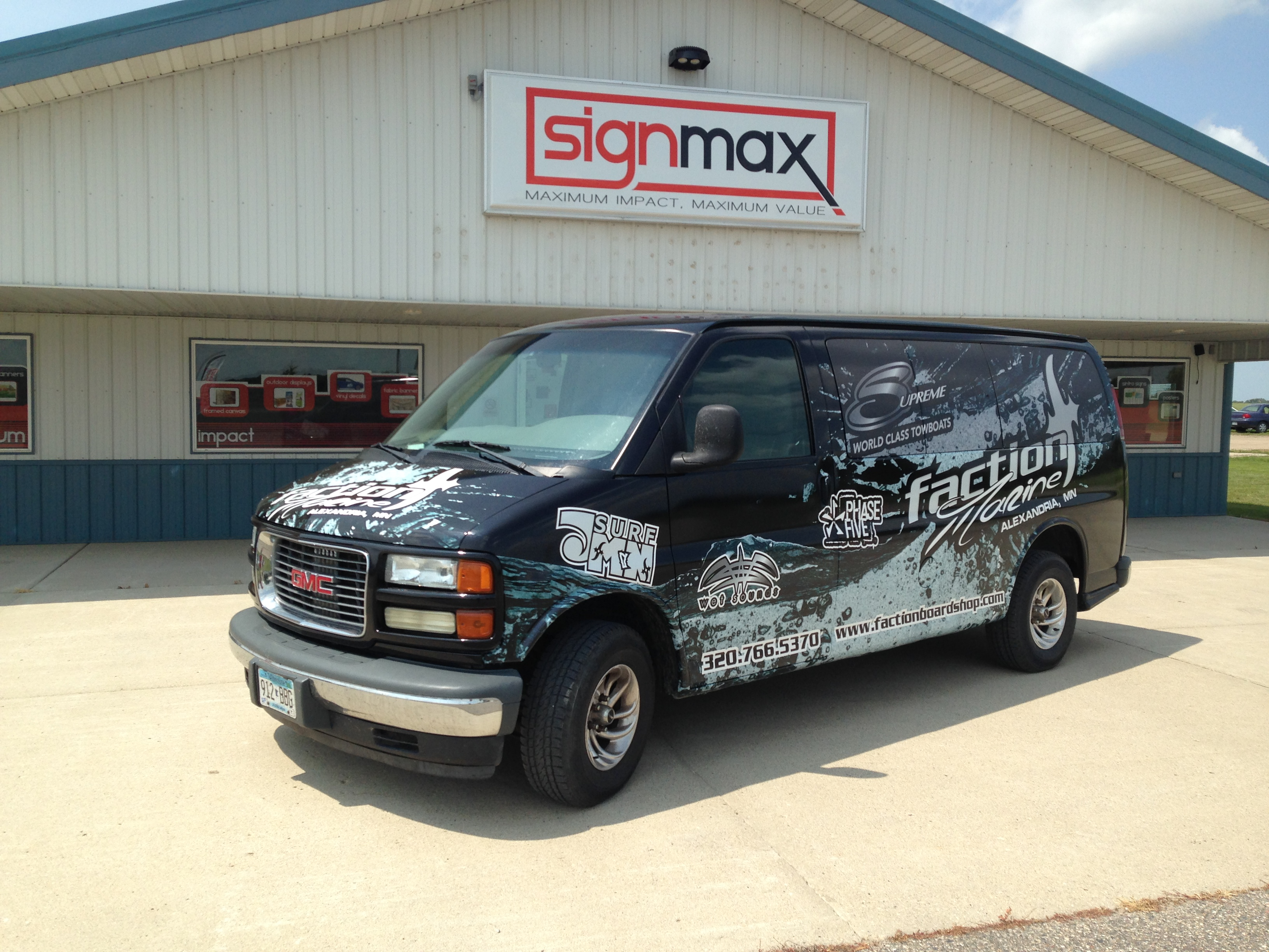 Faction Marine Vehicle Wrap | Signmax.com