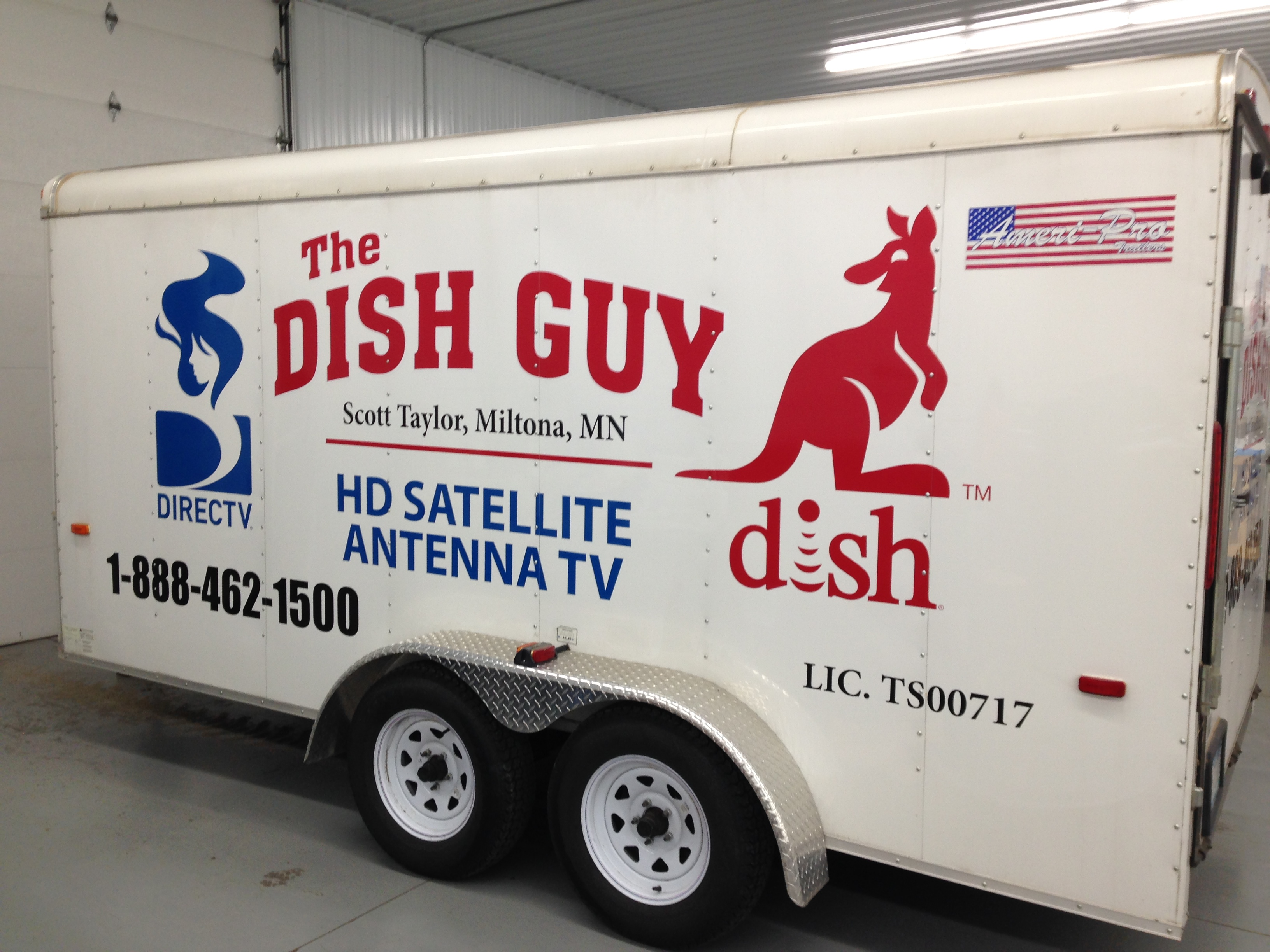 Custom Business Trailer Lettering from Signmax